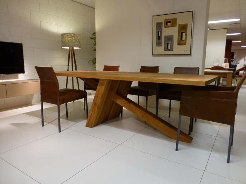 Onderhoud Notenhouten Tafel : Houten eettafels & stoelen groningen valhal